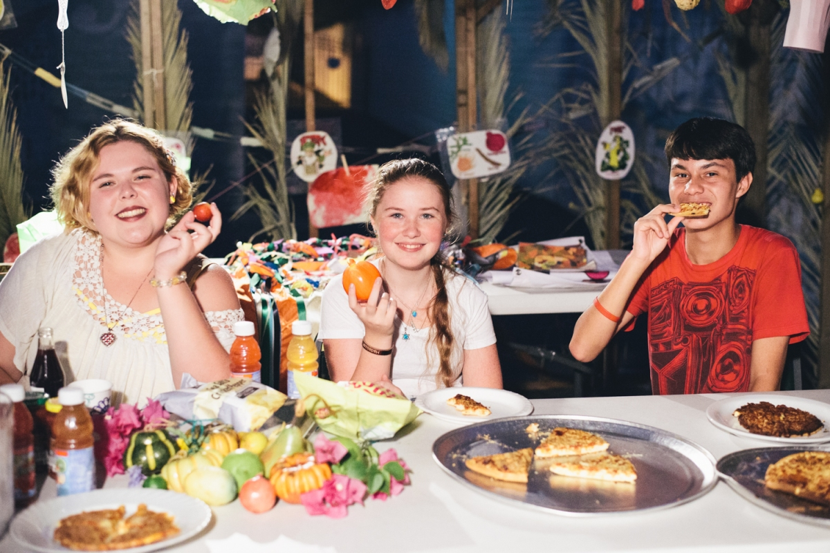 Dinner in theSukkah